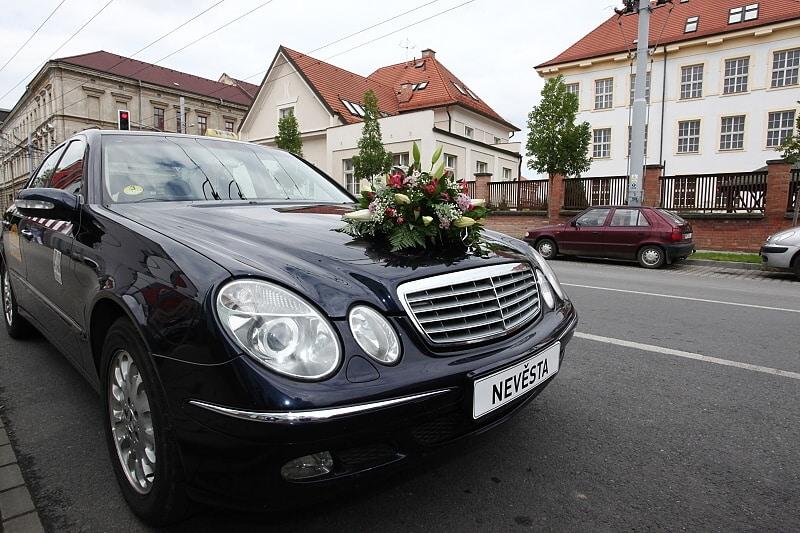 Taxi služba luxusní auta