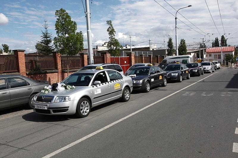 Taxi služba svatební servis